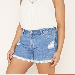 Forever 21 Distressed Jean Shorts Lace w Trim 14